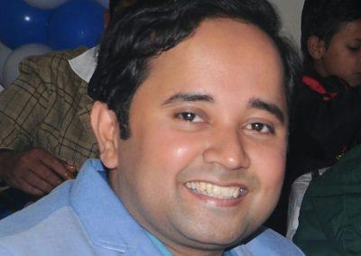 best-dentist-in-patna-dr-abheet